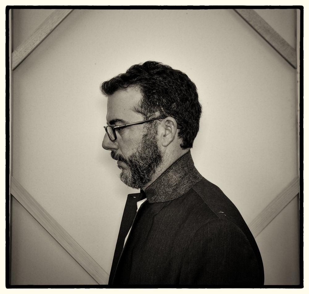 Eduardo Cabrer_Portrait_01.jpg