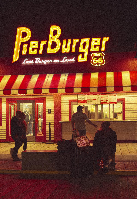 PierBurger_01_Vertical.jpg