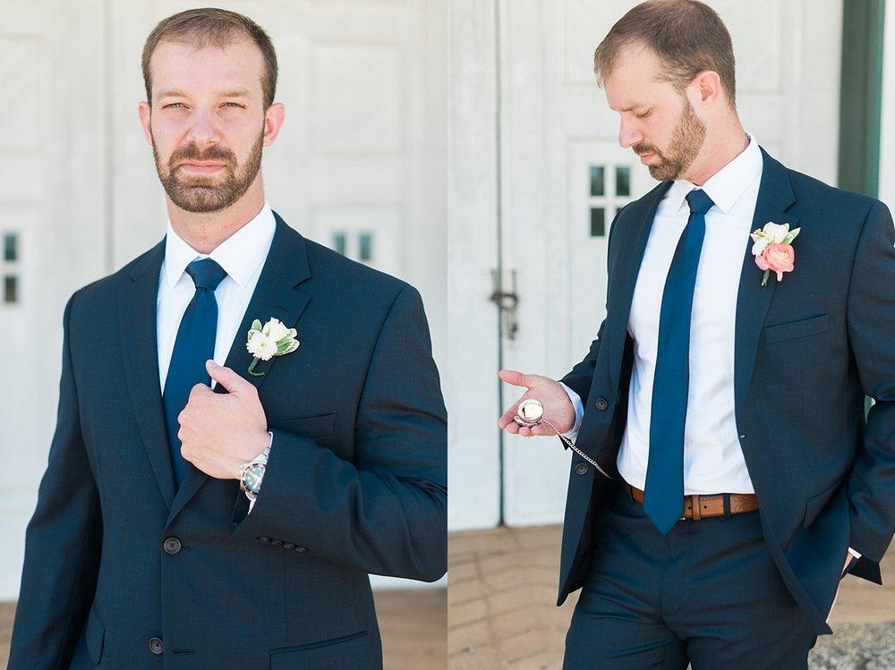 Kimberly Florence Photography_Charlottesville Wedding Photographer_NYC Wedding Photographer_Oak Ridge Estate Wedding_0006.jpg