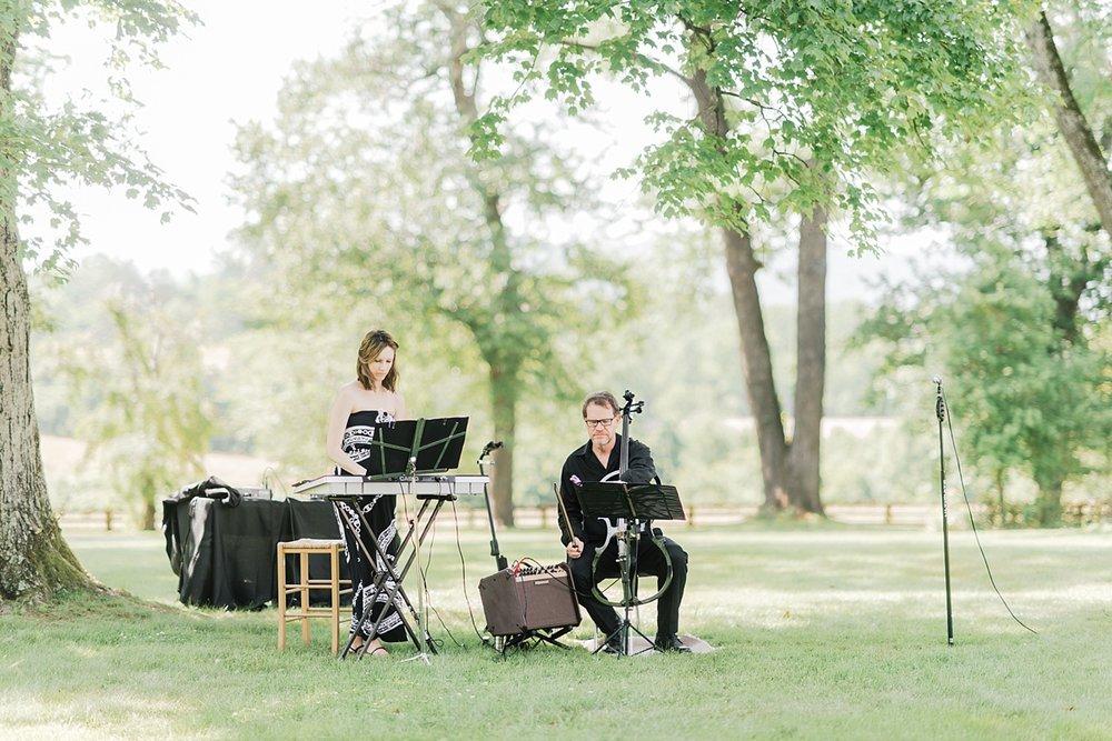 Kimberly Florence Photography_Charlottesville Wedding Photographer_NYC Wedding Photographer_Oak Ridge Estate Wedding_0014.jpg