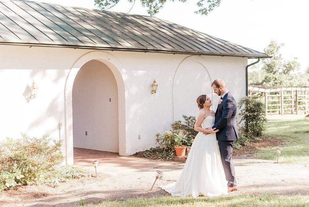 Kimberly Florence Photography_Charlottesville Wedding Photographer_NYC Wedding Photographer_Oak Ridge Estate Wedding_0024.jpg