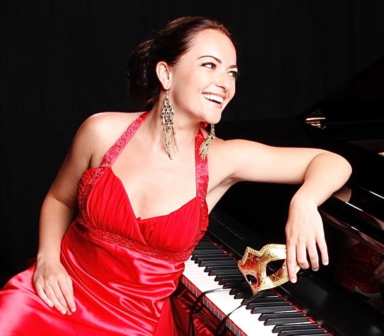 Yana Reznik, piano