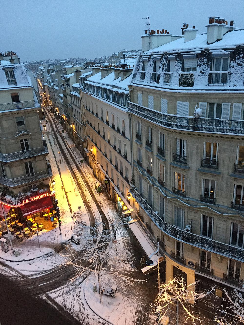 Daybreak on rue du Vertbois