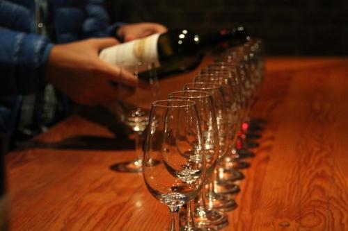 wine tasting lineup.jpg