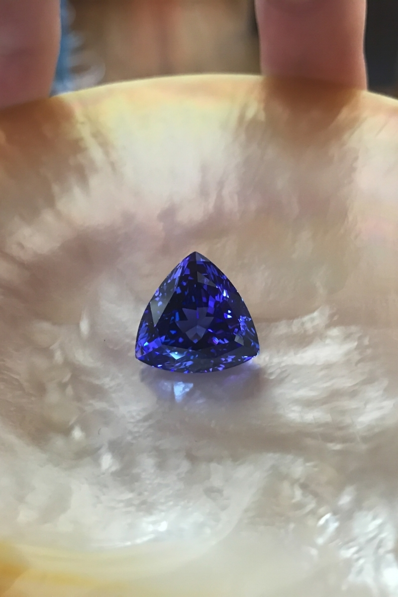 Fine trilliant-cut Tanzanite