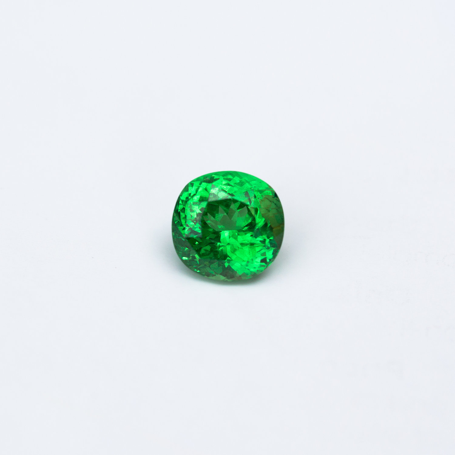 piece garnet average tsavorite facet grams green sold rough gemstone each