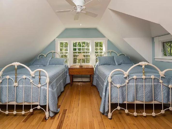 Lizz & Eric's Room