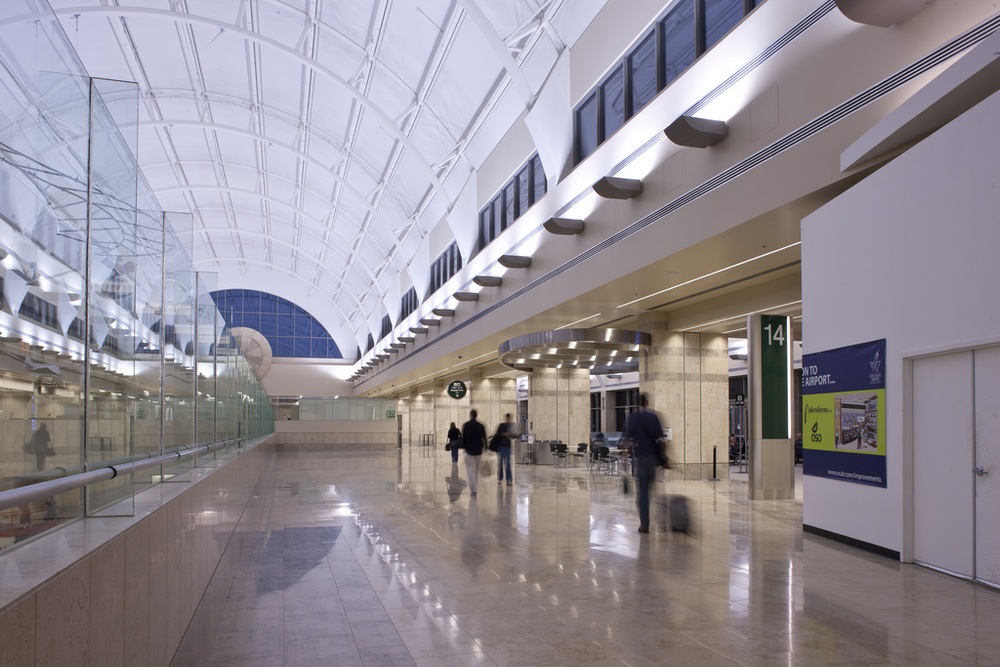 John Wayne airport - BOOK NOW
