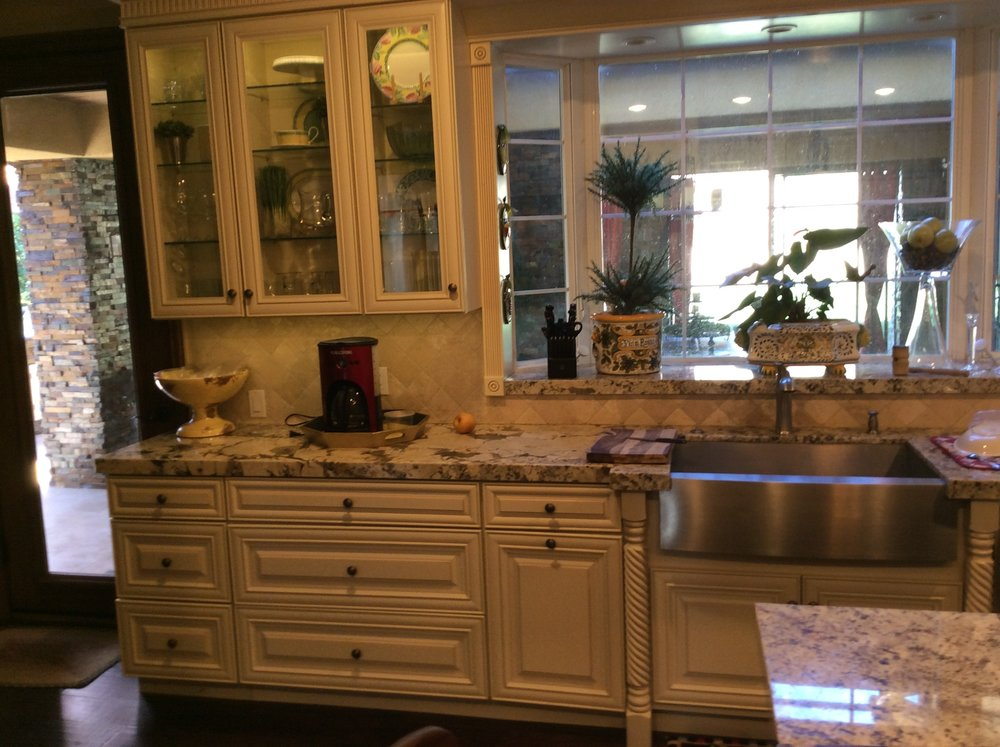 Kitchen custom cabinets by North-West Construction