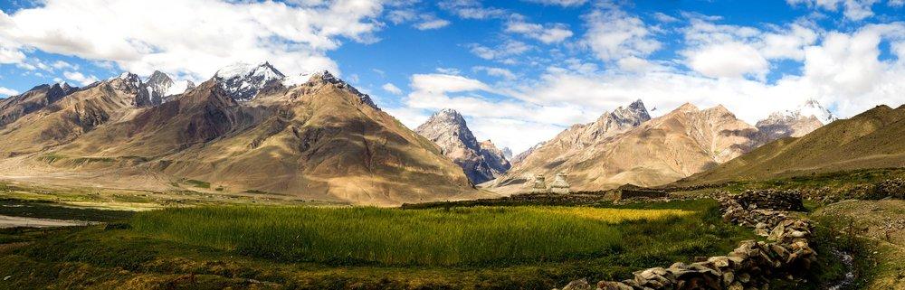 179 B Ladakh panorama barley with mountains.jpg
