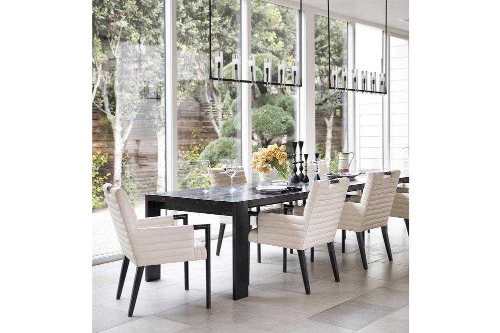 Sonoma residence / Wade Design & Jennifer Robin Design / Photo: Paul Dyer