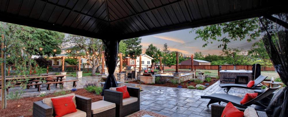 Casa_Bella_Sonoma_Estate_Twilight-3.png