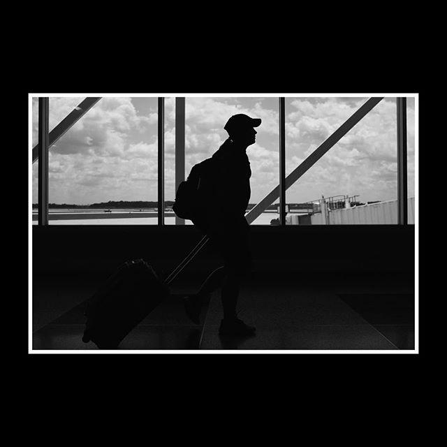 // ➡️ // - #fujiframez #vscocam #monochrome #x100t