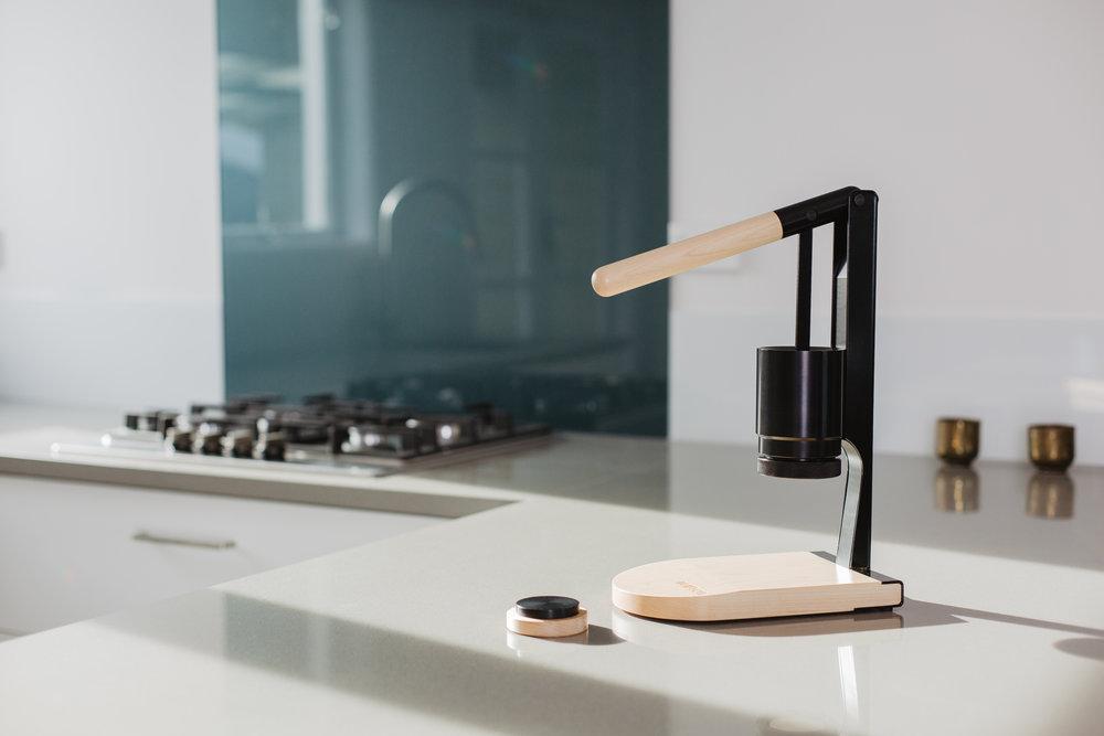 Black kitchen-1.jpg