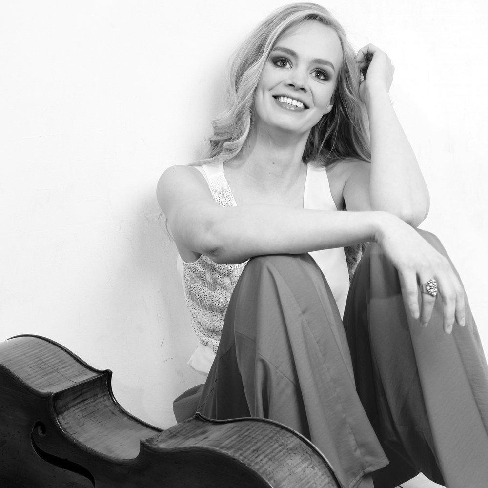 Suzanne Van Duuren