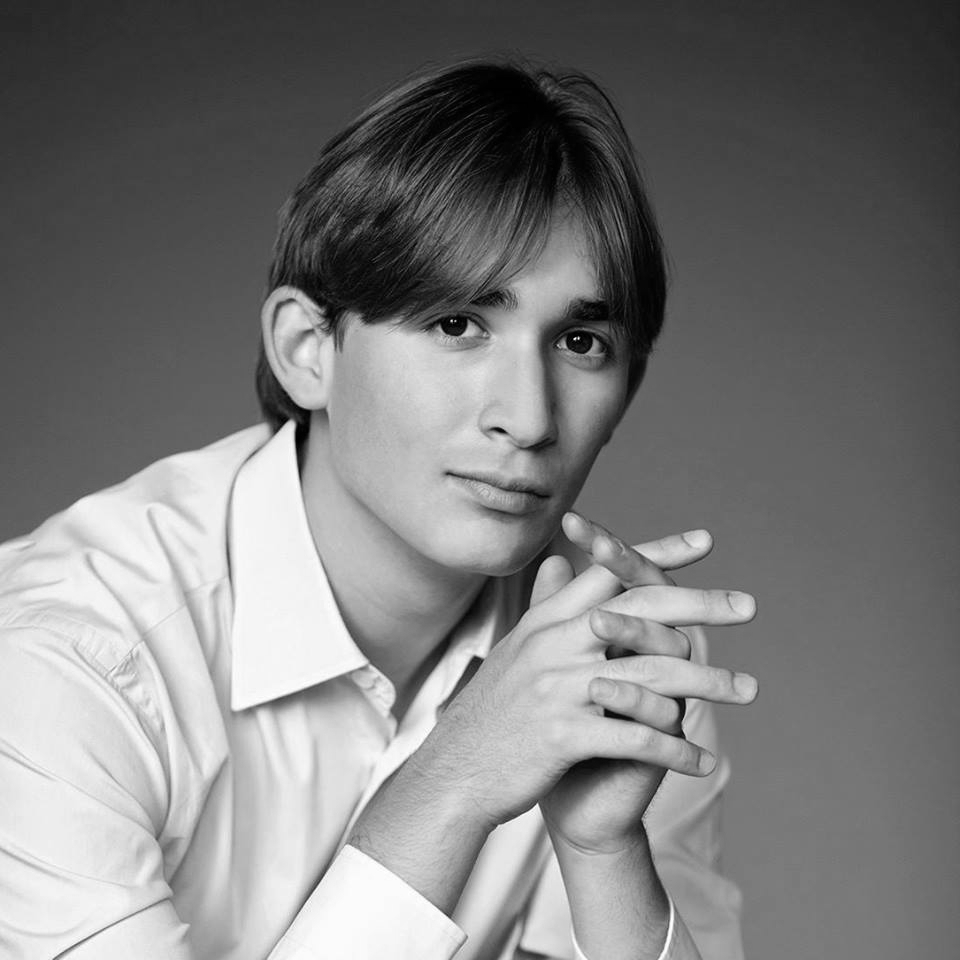 Yunus Tuncali (piano)