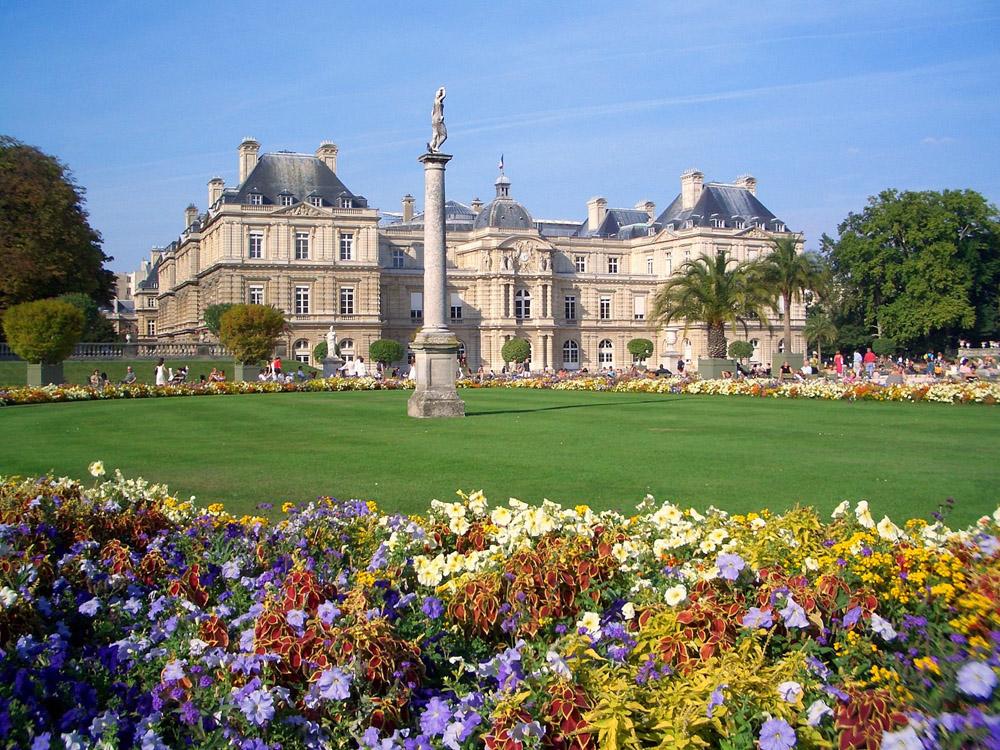 2-Paris-France-Exclusive-Property-Solstice-Luxury-Destination-Club.jpg