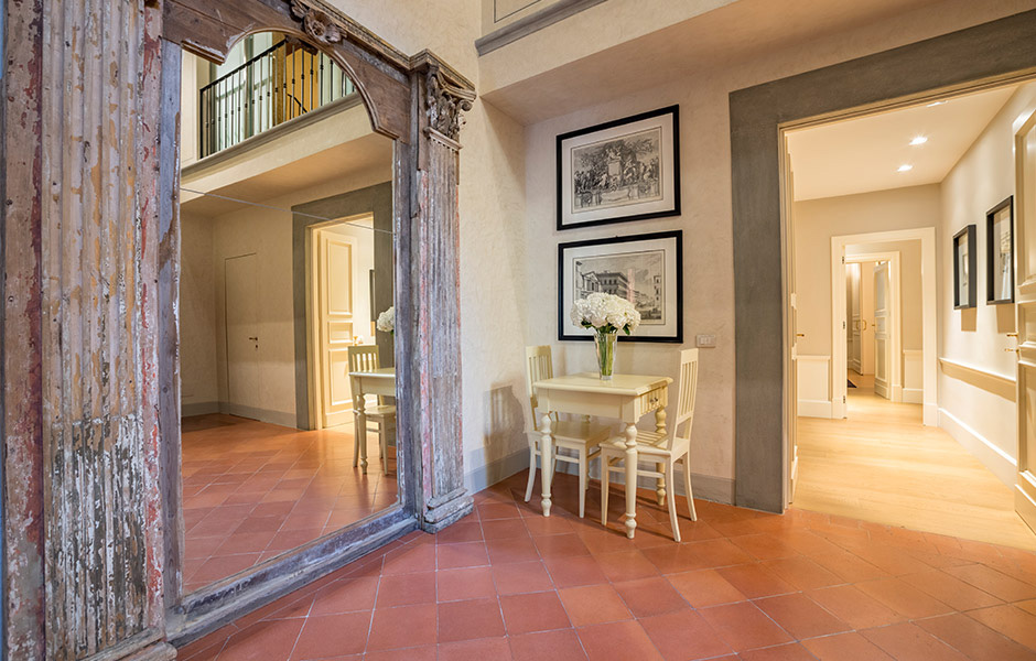10-Palazzo-Uguccioni-Florence-Italy-property-Solstice-Luxury-Destination-Club.jpg