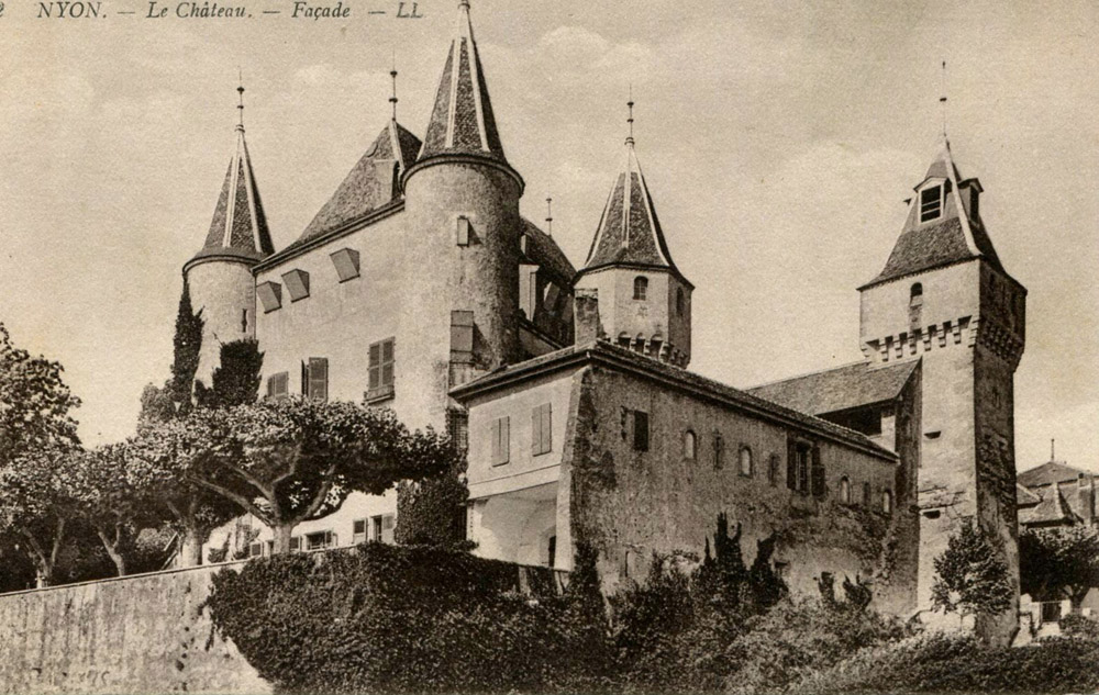 3-History-Castle-of-Lucens-Switzerland-Solstice-Luxury-Destination-Club-Exclusive-Worldwide-locations.jpg