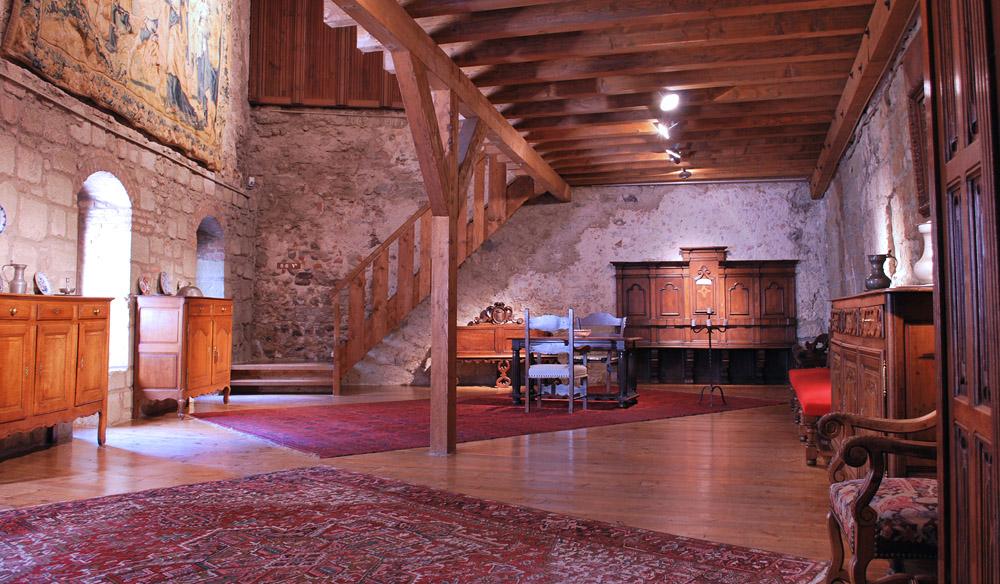 7-Exclusive-Castle-Le-Chateau-de-Lucens-Switzerland-Additional-member-property-Solstice-Luxury-Destination-Club.jpg