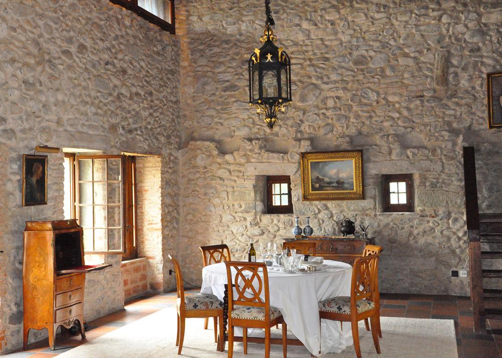 21-Exclusive-Castle-Le-Chateau-de-Lucens-Switzerland-Additional-member-property-Solstice-Luxury-Destination-Club.jpg