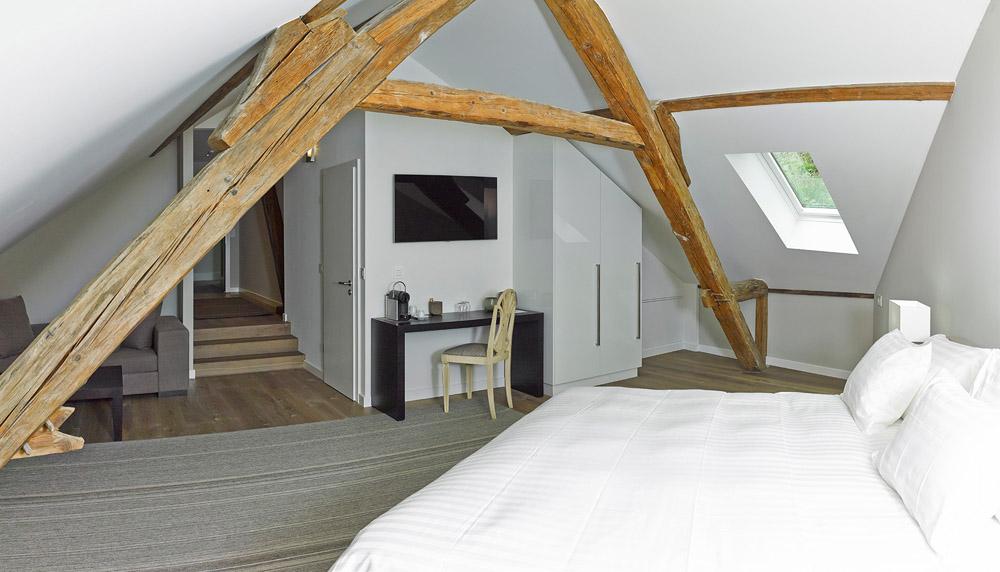 28-Exclusive-Castle-Le-Chateau-de-Lucens-Switzerland-Additional-member-property-Solstice-Luxury-Destination-Club.jpg
