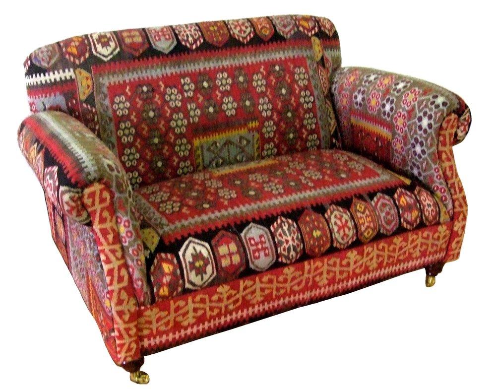 kilim sofa_01.jpg
