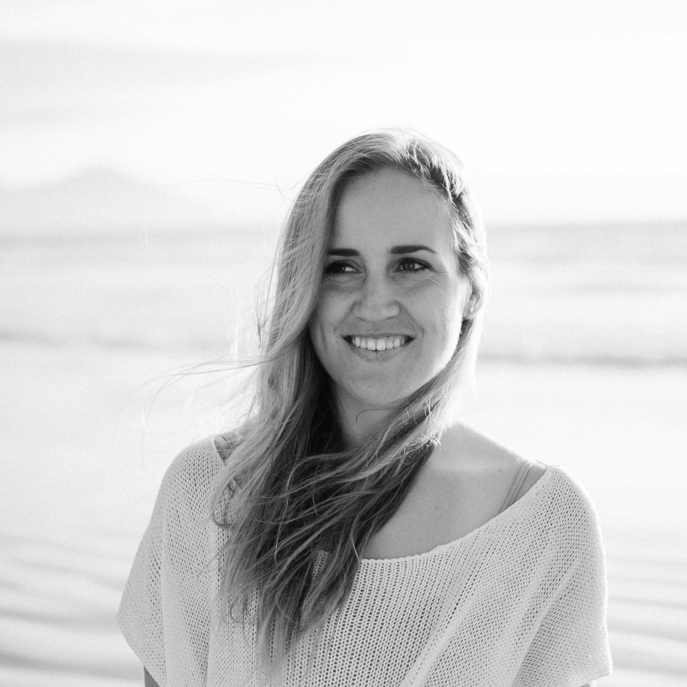 TARRYN JAMES - For me, yoga instruction is about bringing a sense of playfulness and curiosity to a class while encouraging safe alignment and body awareness. I teach Vinyasa, Kids yoga, Power yoga and Yin yoga to all levels and ages. I speak English and Afrikaans.