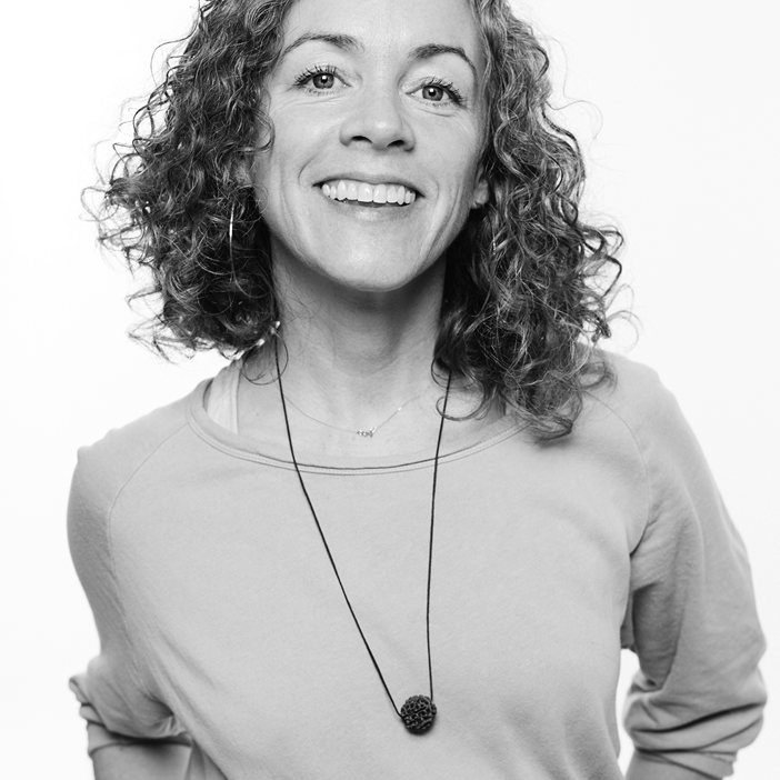 JOSIE SYKES - My teaching style is deeply caring, joyfully steady, practical, transformative, instinctive. I teach Vinyasa, Hatha, Pranayama, chanting, meditation and yoga philosophy. I speak English and Dutch.