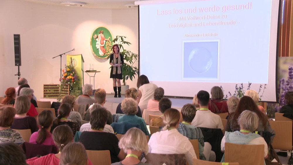 - Vorträge beim Primavera-Aromakongreß 2015 und 2017 in Oy/Allgäu