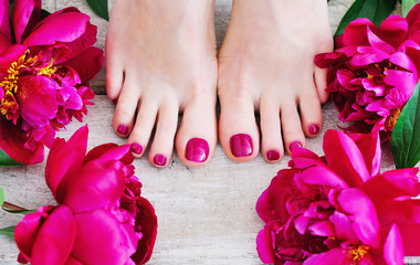 Nails - toes -                                           Colour   French Nail paint (no cuticle work)   £12       £17Nail file (cuticles & polish)     £18       £23Gelish Polish                          £20      £25Luxury Pedicure                     £25      £30Luxury Pedicure (+Gelish)      £30      £35  Callus Peel with polish           £35      £40Callus peel (+Gelish)               £40      £45Callus peel, cuticles & nail tidy   £25                                                                                         Gelish removal hands or feet     £5Extensions or hard gel removal  £10 - £20**Luxury Pedicure includes foot spa, exfoliation, hot booties & polish**