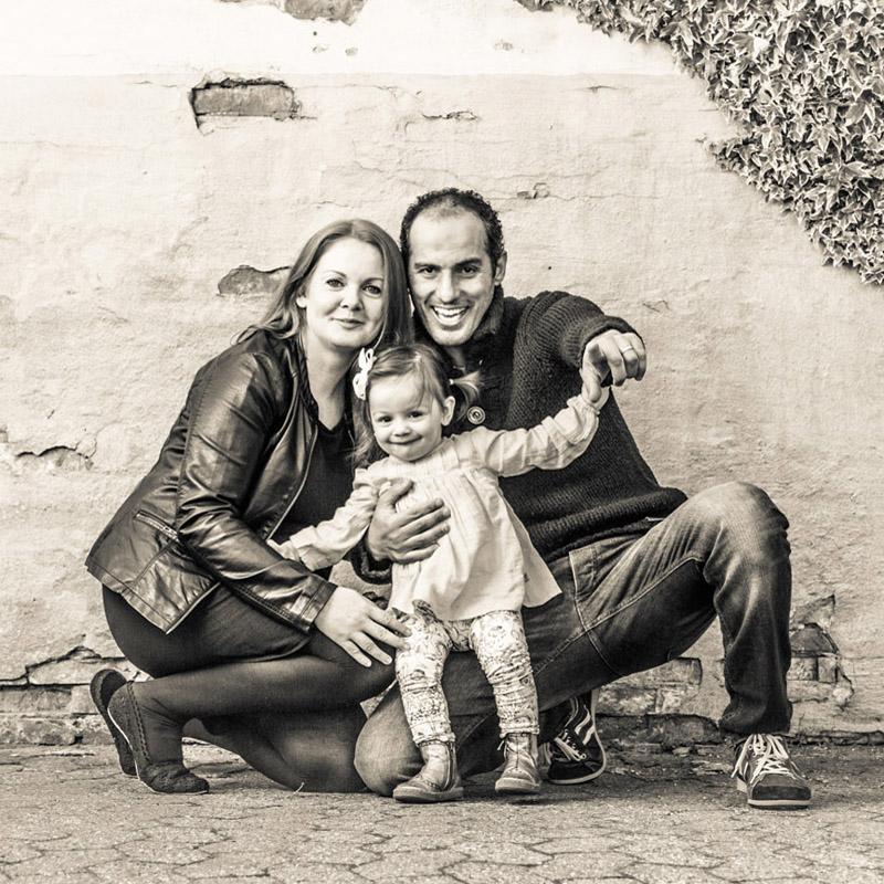FAMILIES & GROUPS - Familier og grupper