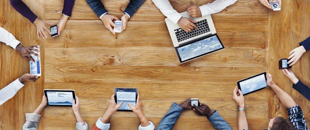 uomo e tecnologia permette il sales enablement