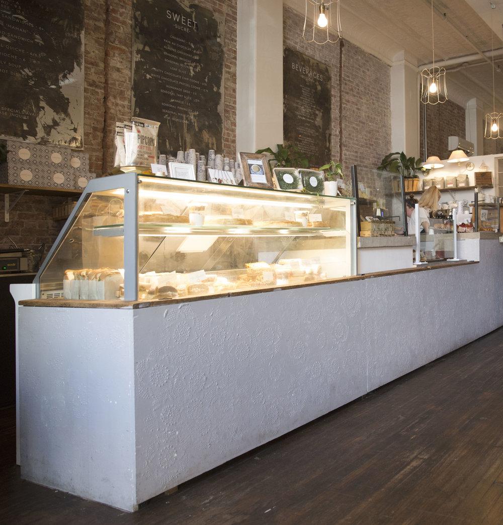 bar facade2.jpg
