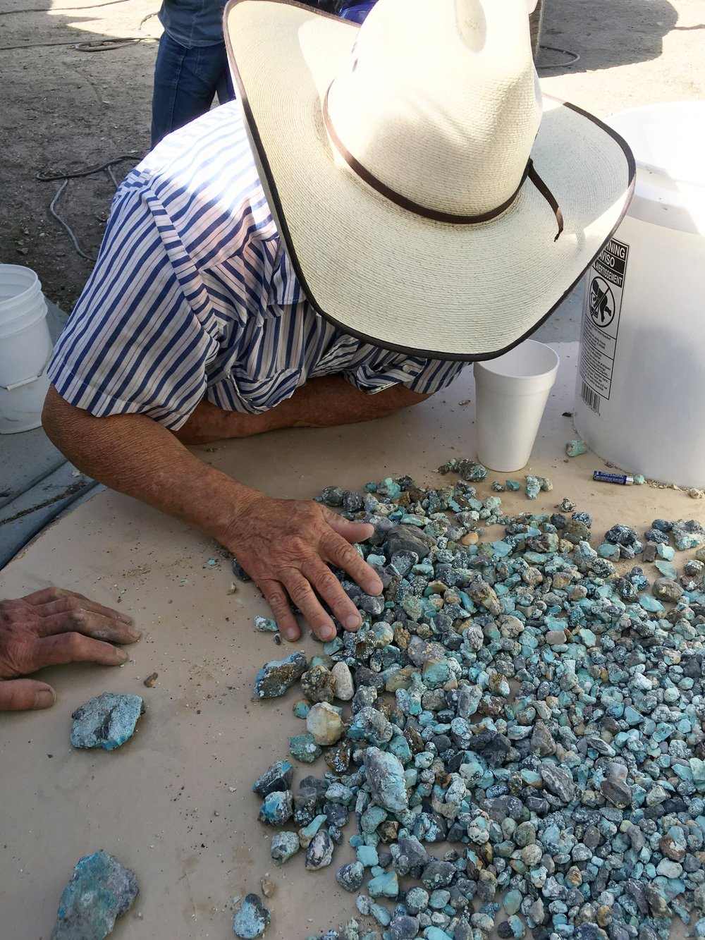Dean Sorting And Grading Blue Moon Turquoise