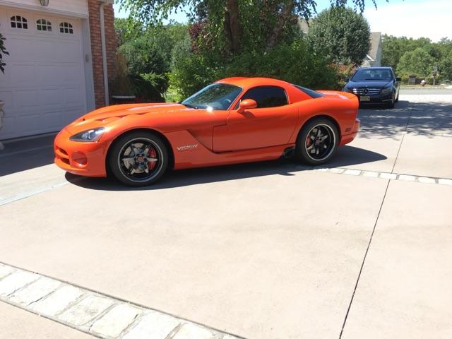 side-view-dodge-viper-black-ice-pvd_30950416046_o.jpg