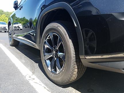 black-ice-rx350-backside-wheel-close-up_25350372789_o.jpg