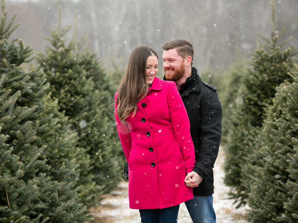 Sara-Chris-Winter-Engagement-Session-12.jpg