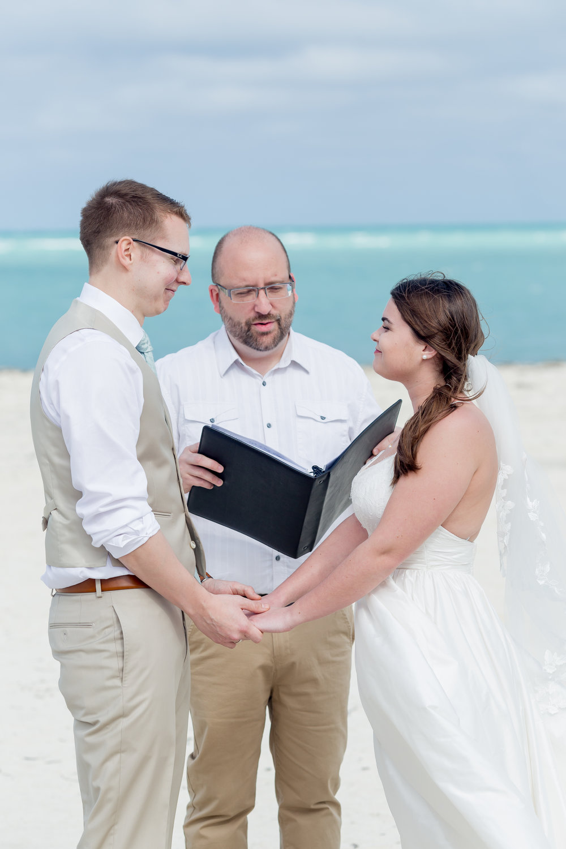 Cayco-Coco-Cuba-Wedding-308.jpg