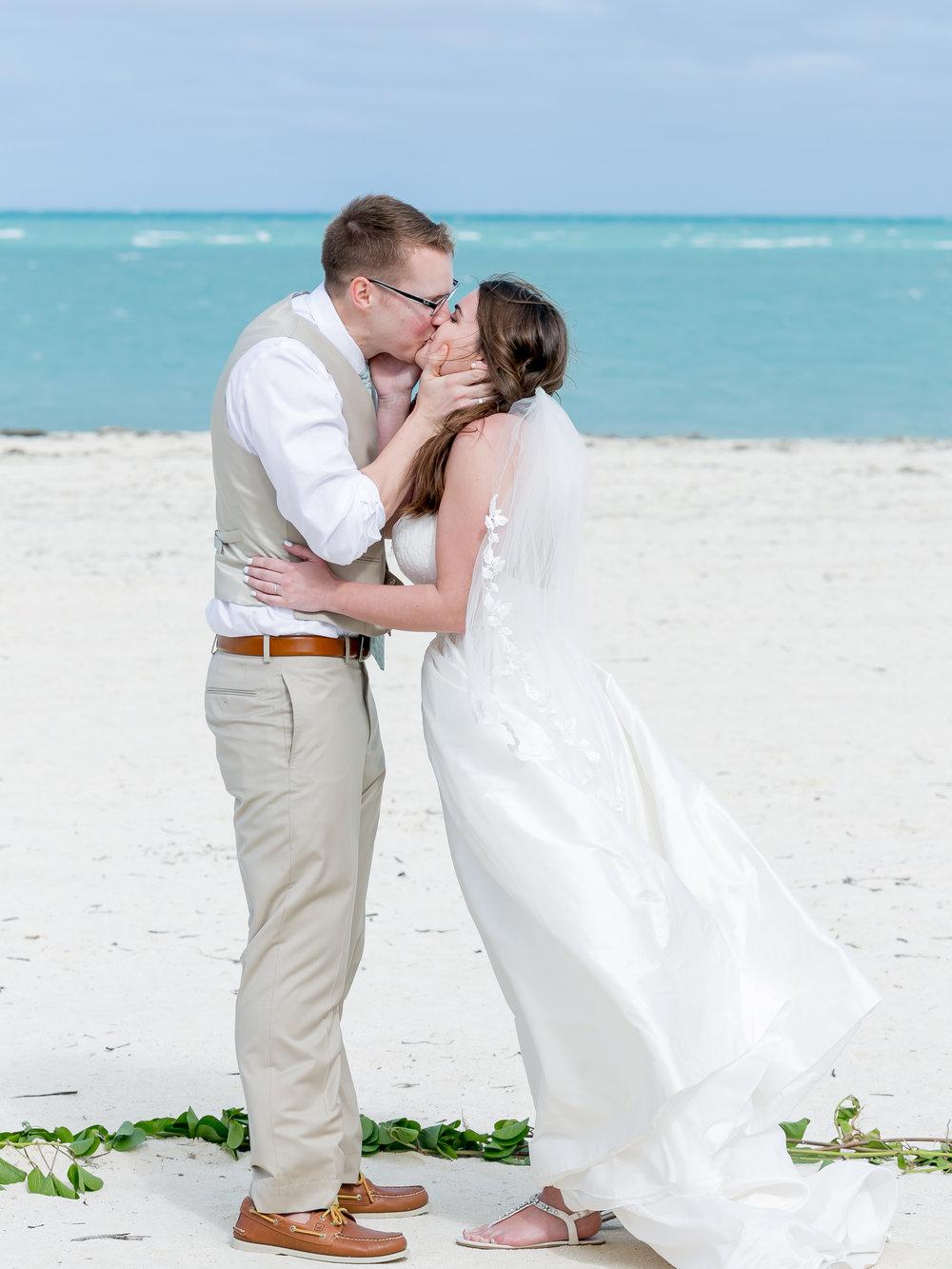 Cayco-Coco-Cuba-Wedding-320.jpg
