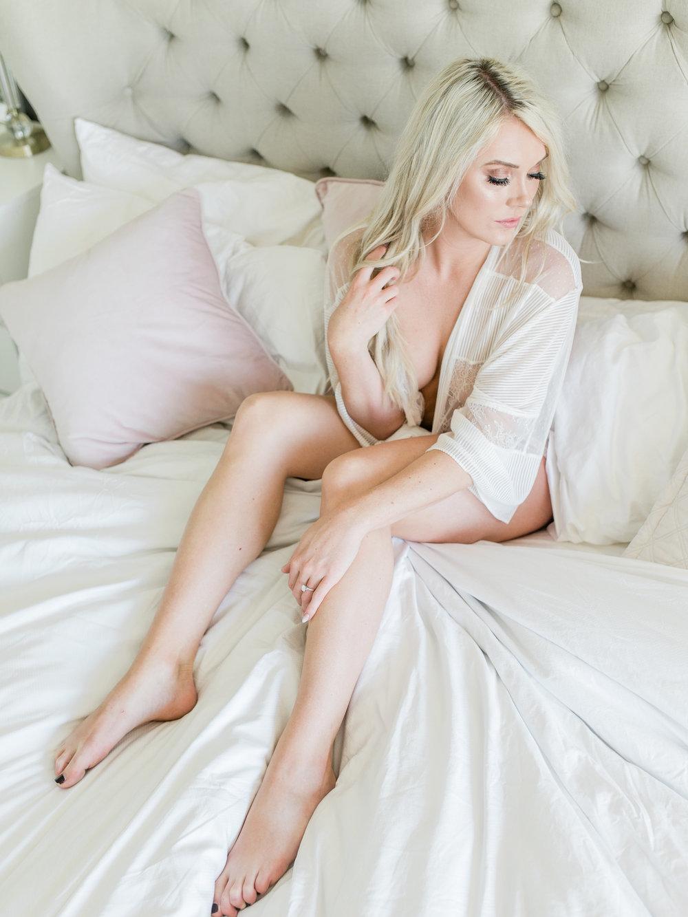LaurenSinclair_Boudoir_StephanieMasonPhotography-45.jpg