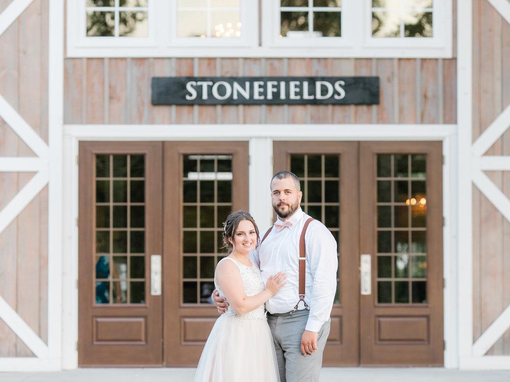 MikaelaShane_StonefieldsEstateOttawa_StephanieMasonPhotography-426.jpg