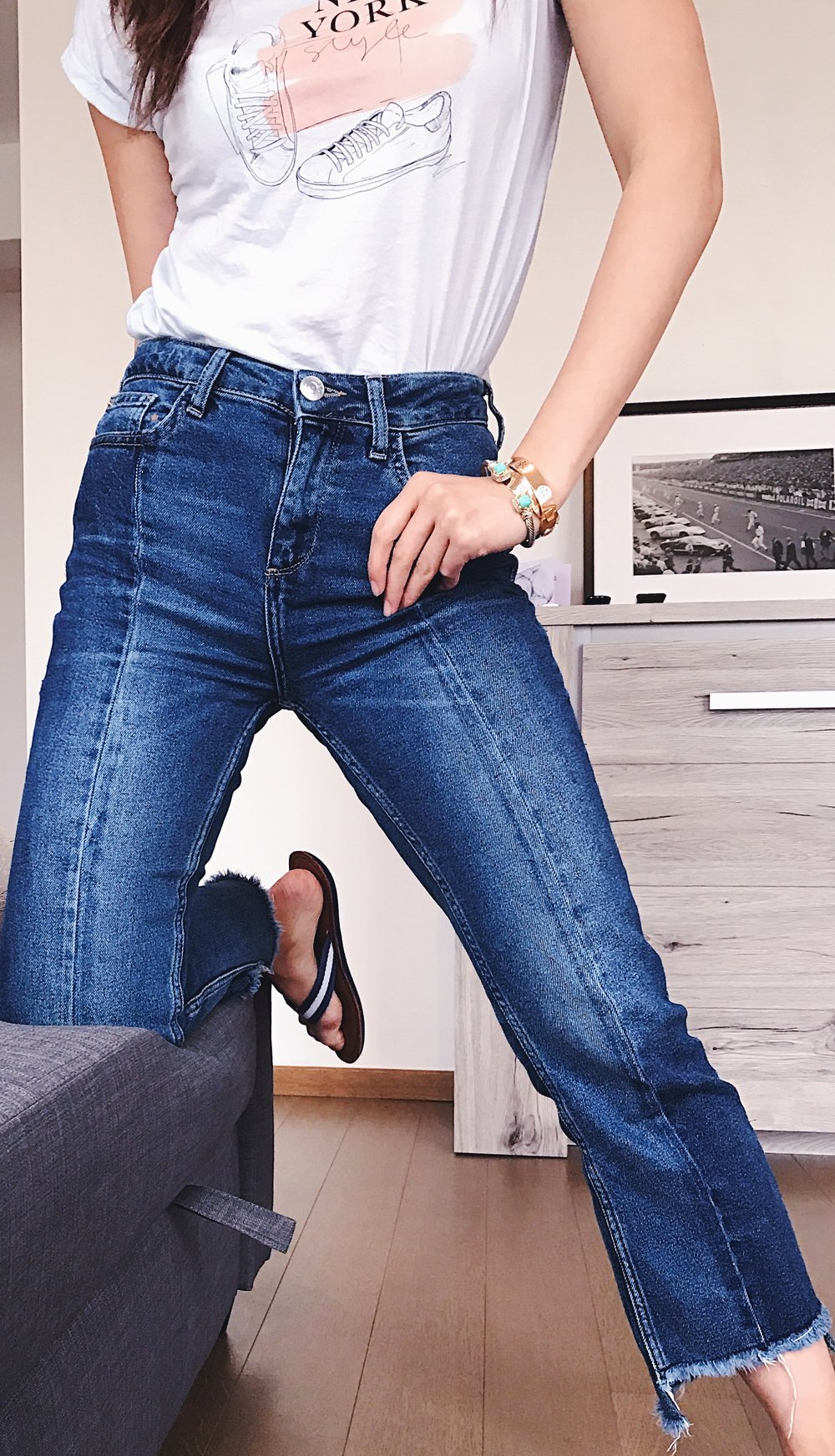 BDG (Urban Outfitters) Jeans. These aren't available online (in Belgium) so I placed similar ones from Madewell in the Gallery for you to shop.