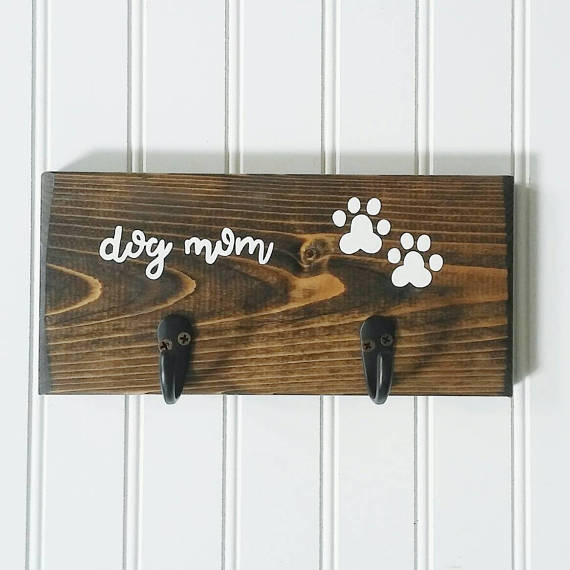 HeddyJ, wood leash holder - You can customize the wood and hook colors!