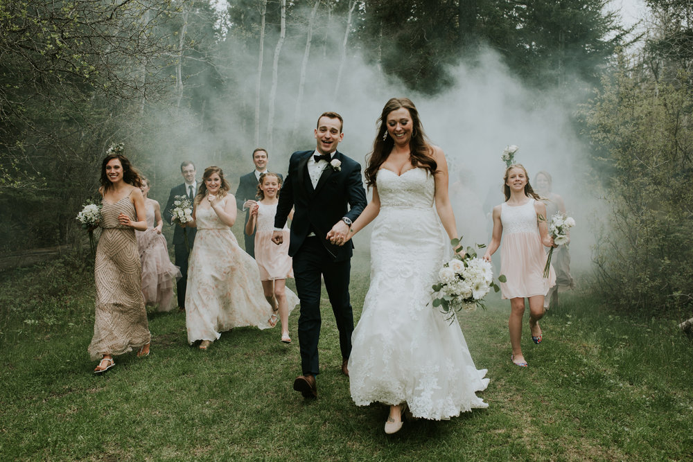 smoke bomb-bridalparty-weddingphotographer-alberta-mountains