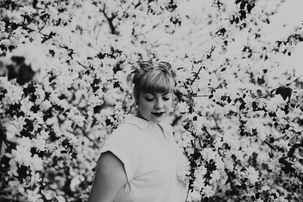 Fun Portrait Session With Spring Flowers -8.jpg