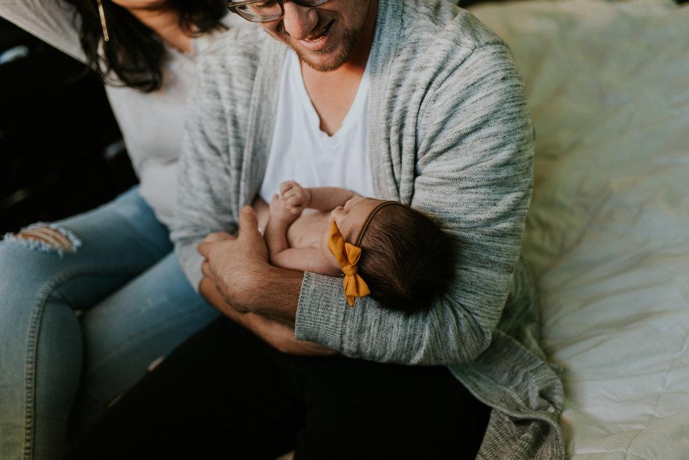 newborn-baby-familyphotoshoot-pink-love-inhome-documentary-medicinehat-alberta-23.jpg