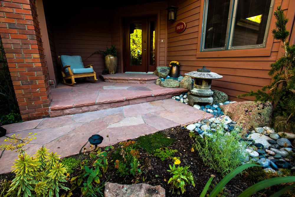 rock pavers patio | flagstone patio cost