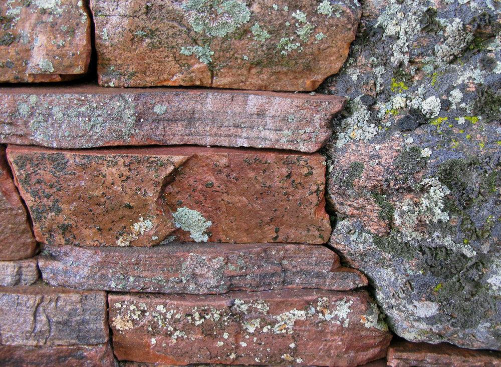 Moss Rock Boulder Wall.jpg