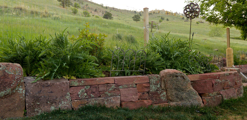 dry stack stone wall | landscape retaining wall | retaining wall stones